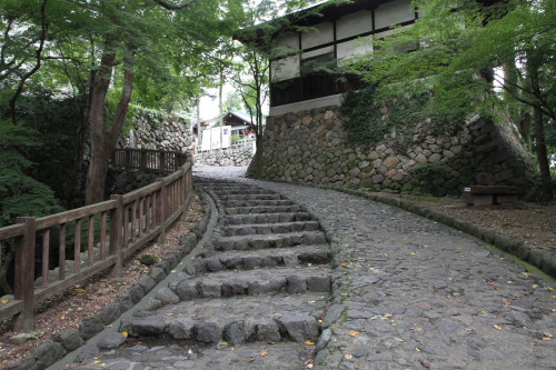 犬山城石畳